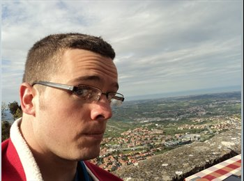 EasyPiso ES - Michael - 23 - Malaga