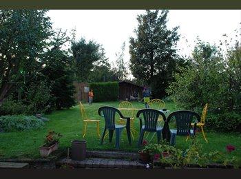 Appartager FR - Chambre dans une maison à Hem, grand jardin! - Hem, Lille - €326