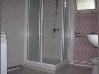 Appartager FR - Colocation dans maison meublée - Pau, Pau - €350