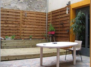 Appartager FR - maison sur 3 niveaux avec cour - Saint-Avertin, Tours - €350