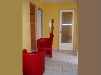 Appartager FR grande chambre meublées - Centre, Rennes, Rennes - 420 par Mois,€97 par Semaine€ - Image 1