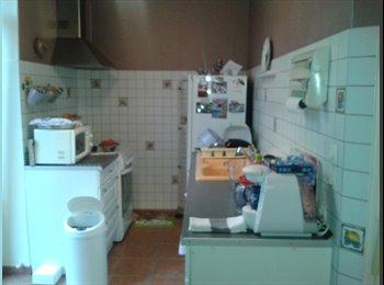 Appartager FR - Près d ARTEM  et du TRAM chambre meublée court sej - Haussonville, Blandan, Donop, Nancy - €300