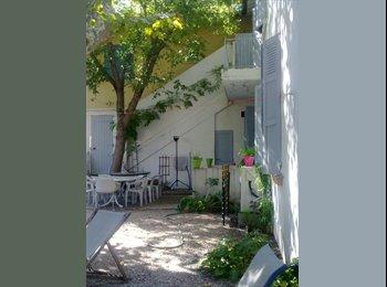 Appartager FR - Chambre dans propriété charme 5mn gare - Avignon, Avignon - €400