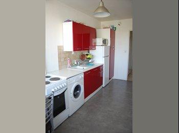 Appartager FR - chambres meublées dans appartement en colocation - Saint-Herblain, Nantes - €400