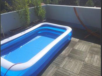Appartager FR - Grand appartement (70m²) avec terrasse (30m²) - Grands boulevards, Grenoble - €450