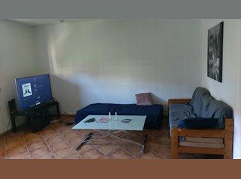 Appartager FR - 1 Chambre p Etudiante dans T4 (90m2)ANTIGONE 370€ - Montpellier-centre, Montpellier - €370