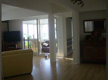 Appartager FR -  chambre meublée chez l'habitant (coloc fille) - Chatou, Paris - Ile De France - €500