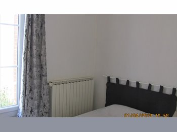 Appartager FR - colocation 3 chambres - Auxerre, Auxerre - €250