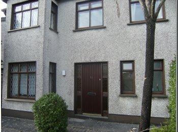 EasyRoommate IE -  large House to suit 4 to 6 sharing - Galway, Galway - €350