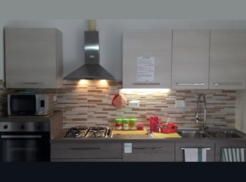 EasyStanza IT posto letto in camera singola - Mirafiori, Torino - 320 a Mese,€74 a Sett.€11 a Giorno€ - Immagine 1