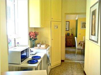 EasyStanza IT - camera  con bagno privato in pieno centro storico - Arancio-S.Marco-S.Filippo-S.Vito, Lucca - €400