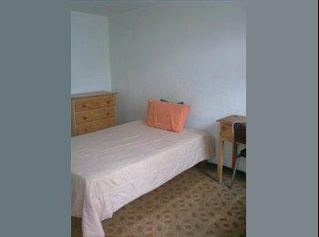 CompartoDepa MX - habitaciones  cerca del cucsh - Guadalajara, Guadalajara - MX$2000