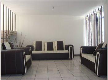 CompartoDepa MX - Rento cuarto en departamento amplio - Aguascalientes, Aguascalientes - MX$1300