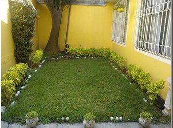 CompartoDepa MX - Busco 3 rummies damas para compartir casa amplia - Iztapalapa, DF - MX$2100