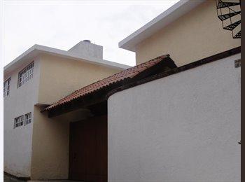 CompartoDepa MX - Rento 2 casas en Cuajimalpa a 10 min de santa fe - Cuajimalpa de Morelos, DF - MX$7000