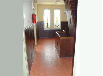 EasyKamer NL - te huur:kamer 14mtr, Centrum Heerlen. - Heerlen, Heerlen - €265