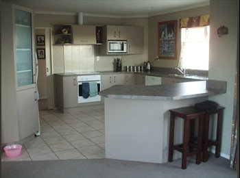 NZ - Room for rent, including everything $200 per week - Palmerston North, Palmerston North - $867