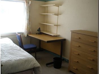 EasyRoommate UK - house share - Selly Oak, Birmingham - £175