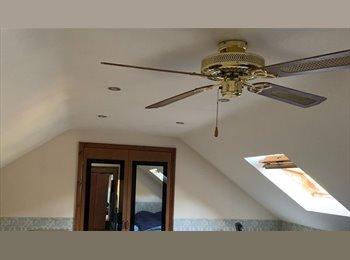 EasyRoommate UK - Large loft room in a large house, Langdon Hills - Langdon Hills, Basildon - £580