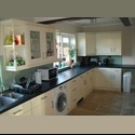 EasyRoommate UK Beautiful rooms in beautiful houses - Whitley Wood, Reading - £ 390 per Month - Image 1