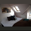 EasyRoommate UK Beautiful room with wooden floorboards overlooking landscaped garden in recently developed house - Twickenham, West London, London - £ 550 per Month - Image 1
