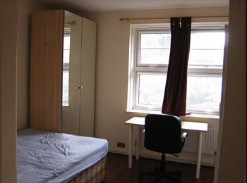 EasyRoommate UK - 10 minutes Walk to City, Tower Bridge/TowerHill - City and Tower Hill, London - £1000
