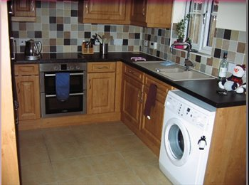 EasyRoommate UK Double room to rent with use of own bathroom - Hemsby, Great Yarmouth - £300 per Month,£69 per Week - Image 1