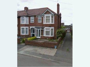 EasyRoommate UK - Nice 3 Bedroom House in CHEYLESMORE - Cheylesmore, Coventry - £650