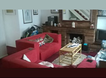 EasyRoommate UK - 5 bed shared house in Bearsted near Mote Park - Bearsted, Maidstone - £450