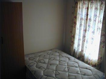 EasyRoommate UK - Beautiful rooms in beautiful houses - Lower Earley, Reading - £470