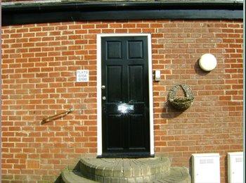 EasyRoommate UK - fully refurbished flat - Bolton, Bolton - £303