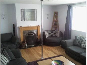 EasyRoommate UK - Furnished double room to rent all bills included - Kettering, Kettering - £350