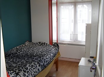 EasyRoommate UK -  Double Room In Shared House - Harrow, London - £570