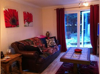 EasyRoommate UK - Double bedroom/ house share in Matchborough west Redditch - Beoley, Redditch - £395
