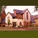 EasyRoommate UK Executive Riverside Home - Monkston, Milton Keynes - £ 450 per Month - Image 1