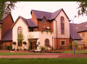 EasyRoommate UK - Executive Riverside Home - Monkston, Milton Keynes - £450