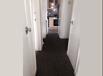 EasyRoommate UK - Modern double room - Aston, Birmingham - £280