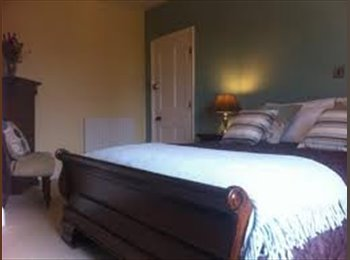 EasyRoommate UK - Nice triple bedroom excellent facility heating - Barnet, London - £433