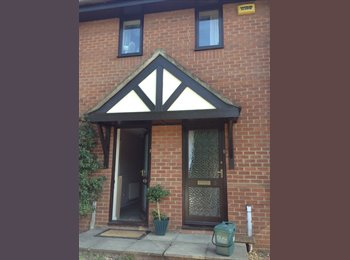 EasyRoommate UK -  Available Now !! Modern Double Room - Buckingham, Buckingham - £500