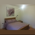 EasyRoommate UK Two newly decorated double rooms available Mon-Fri - West Bridgford, Nottingham - £ 300 per Month - Image 1