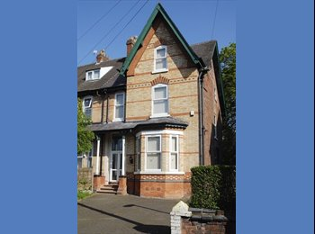 EasyRoommate UK - Large Student House in Fallowfield - Fallowfield, Manchester - £334