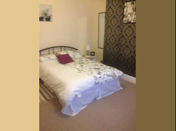 EasyRoommate UK - Fully furnished double room to rent - South Shields, South Tyneside - £360