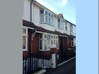 EasyRoommate UK - En suite room near seafront and Marina - Kemp Town, Brighton and Hove - £500