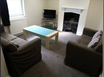 EasyRoommate UK - All Inclusive Professional Property - Cheltenham, Cheltenham - £395