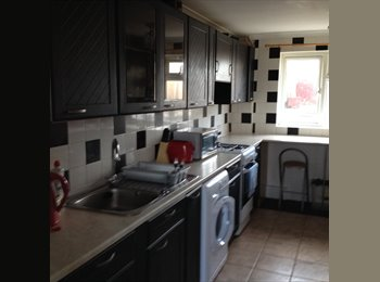 EasyRoommate UK - Reduced Single Room Price Now £70PW - Corby, East Northamptonshire and Corby - £300