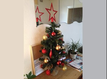 EasyRoommate UK - Heathfield Road: Rooms vary from £330 to £410 - Cathays, Cardiff - £360