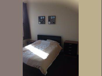 EasyRoommate UK - New double room - Accrington, Accrington - £347