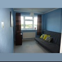 EasyRoommate UK Double Room to Rent for 1 Person - Langley, Slough - £ 115 per Month - Image 1