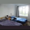 EasyRoommate UK 1 bed in Female Twin Room 16 Nov £390 mo. Kilburn - Cricklewood, North London, London - £ 390 per Month - Image 1