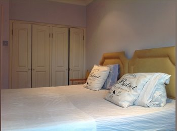 EasyRoommate UK - Bright Double  Room in the heart of South Ken - South Kensington, London - £1200